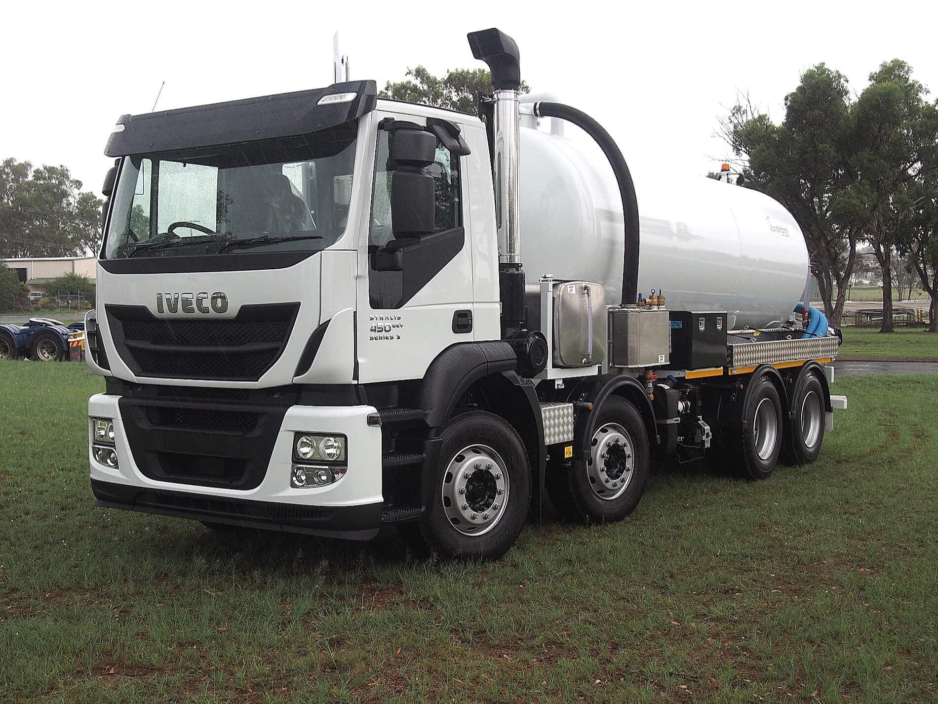 Liquid Vacuum Trucks5