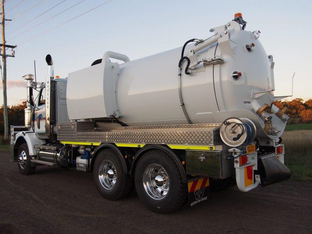 Industrial Vacuum Trucks (4)