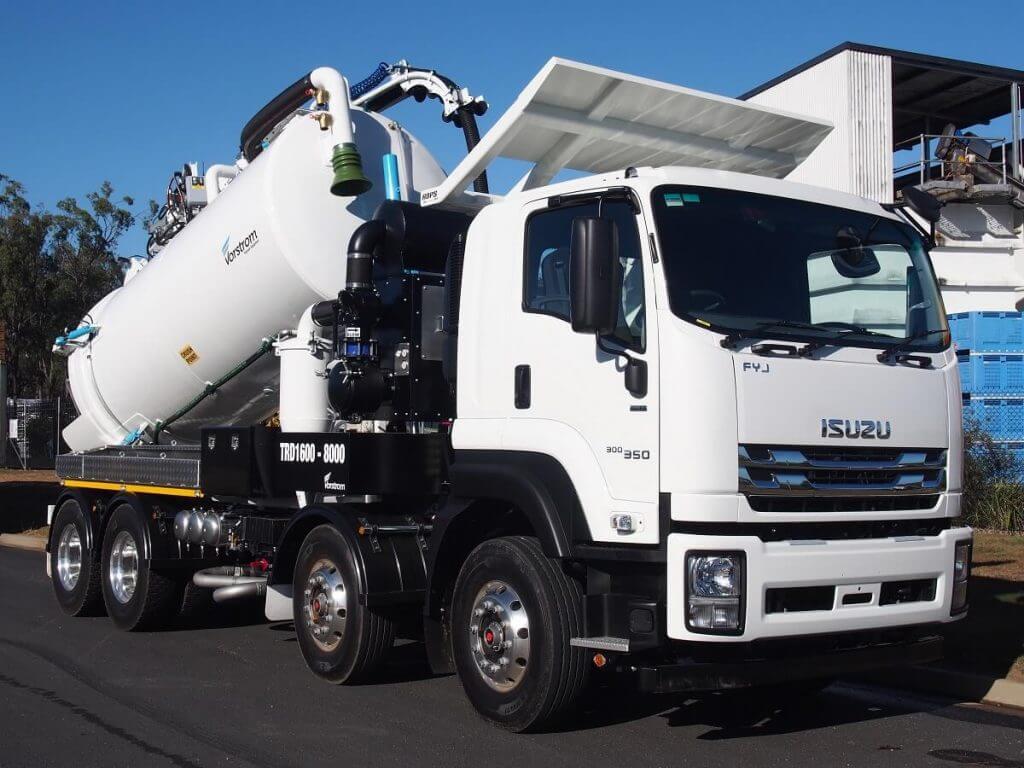 vacuum excavation truck